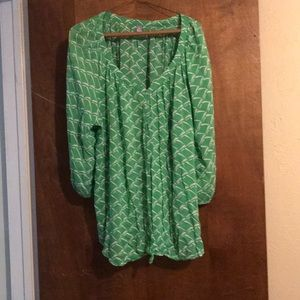 Tops - Green/White patterned shirt
